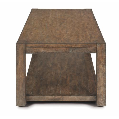Flexsteel - Boulder Rectangular Coffee Table with Casters
