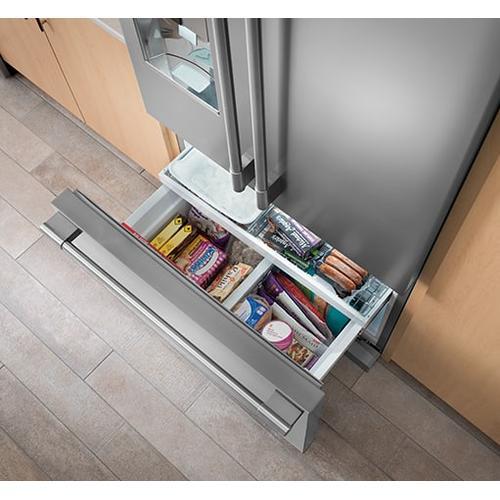 Frigidaire Canada - Frigidaire Professional 22.6 Cu. Ft. French Door Counter-Depth Refrigerator