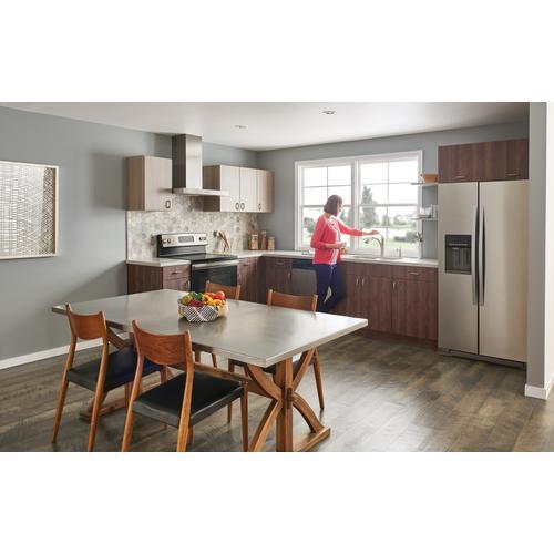 Moen - Camerist Chrome one-handle low arc pullout kitchen faucet