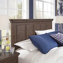 Southport Queen Bed, Nightstand and Chest