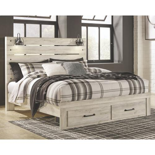 King Panel Bed With 2 Storage Drawers With Mirrored Dresser