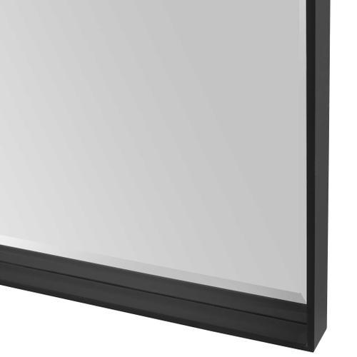 Kahn Mirror