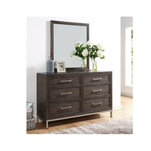 Broomfield Dresser