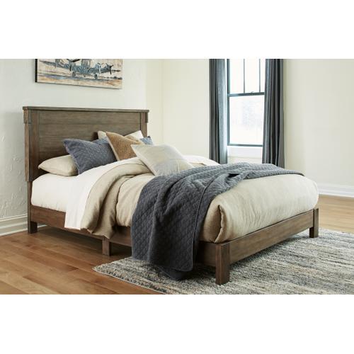 Shamryn King Panel Bed