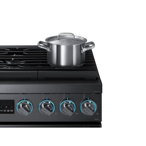 """Samsung - 5.9 cu. ft. 36"""" Chef Collection Professional Gas Range in Black Stainless Steel"""