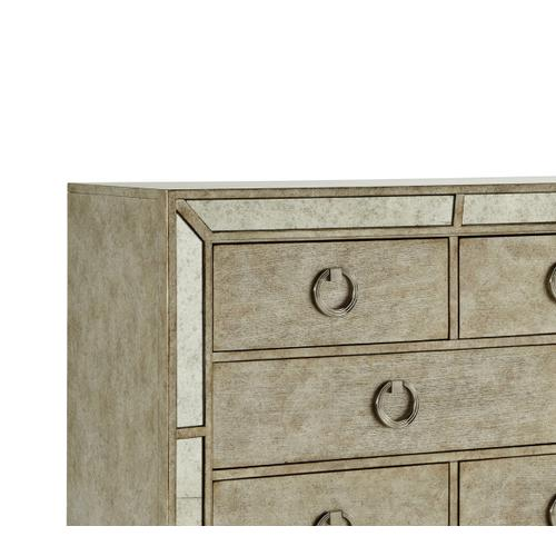 Pulaski Furniture - Farrah 8 Drawer Dresser