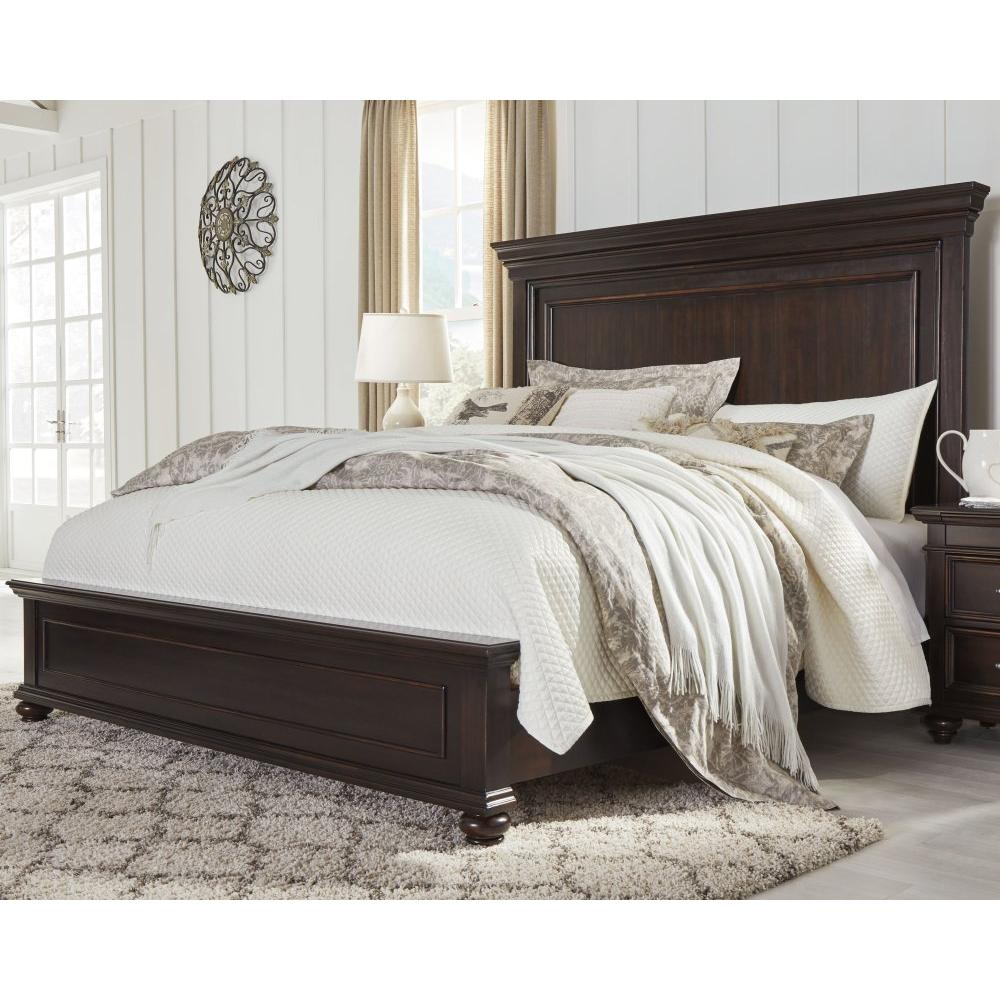 Brynhurst Queen Panel Bed