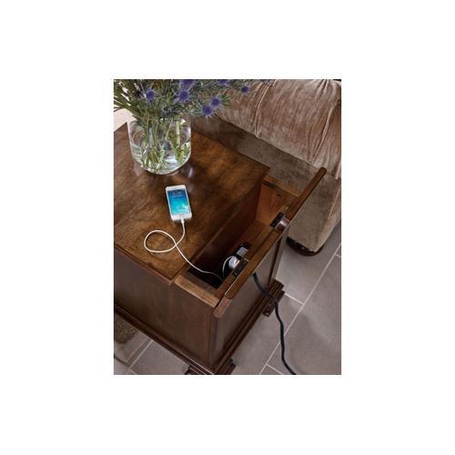 Portolone Chairside Table
