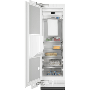 F 2672 Vi - MasterCool™ freezer Integrated IceMaker features separate water and ice dispensers.