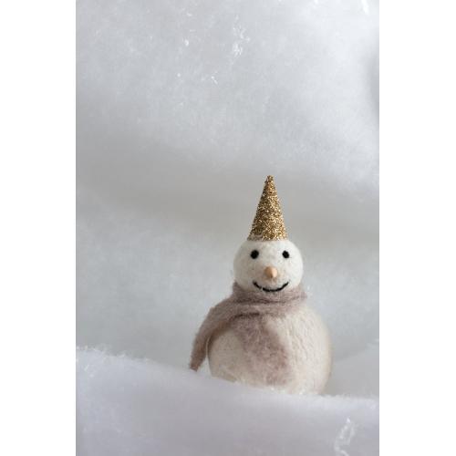 """3"""" x 6"""" Felt Frosty (Figurine Option)"""