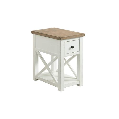 Lane Home Furnishings - 7640 Chairside Table