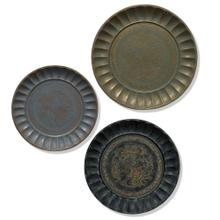 Assorted Antiqued Metal Finishes Traditional  22in Dia X 20in Dia X 18in Dia  Set of Three Metal T