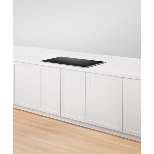 """Fisher & Paykel - Induction Cooktop, 36"""", 5 Zones"""