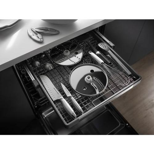 SCRATCH & DENT KitchenAid® 46 dBA Dishwasher with ProScrub™ Option - Panel Ready