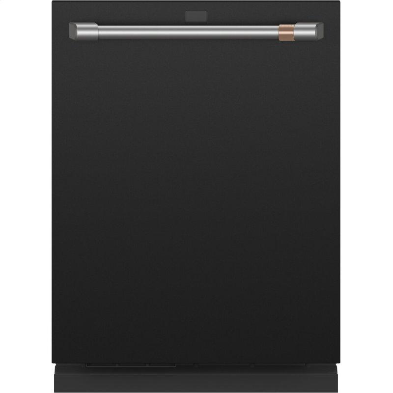 Smart Stainless Steel Interior Dishwasher with Sanitize and Ultra Wash & Dual Convection Ultra Dry