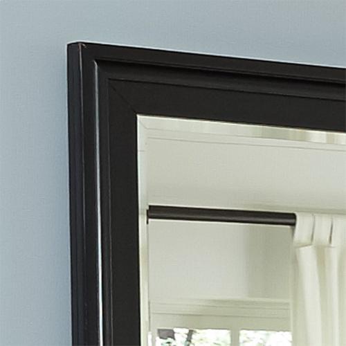 Liberty Furniture Industries - Queen Sleigh Bed, Dresser & Mirror, N/S