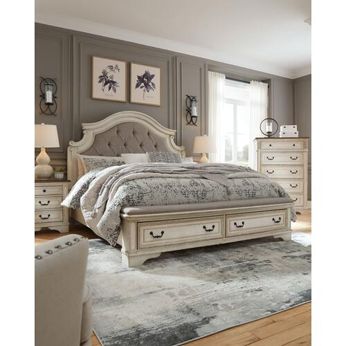 Realyn King Upholstered Bed