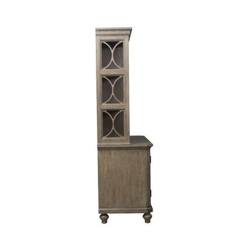 Liberty Furniture Industries - Credenza & Hutch Set