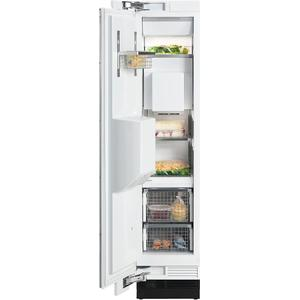 Miele - F 1473 Vi MasterCool freezer with individual water and ice cube supply thanks to integrated IceMaker.