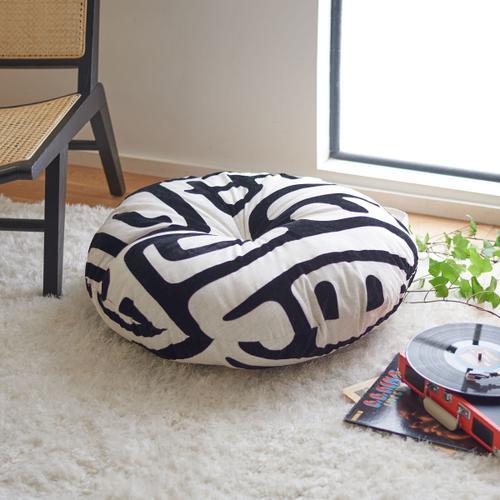 Maize Round Floor Pillow - Black / Beige