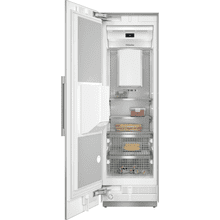 F 2671 SF - MasterCool™ freezer Integrated IceMaker features separate water and ice dispensers.