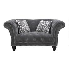 Loveseat Nailhead W/2 Pillows
