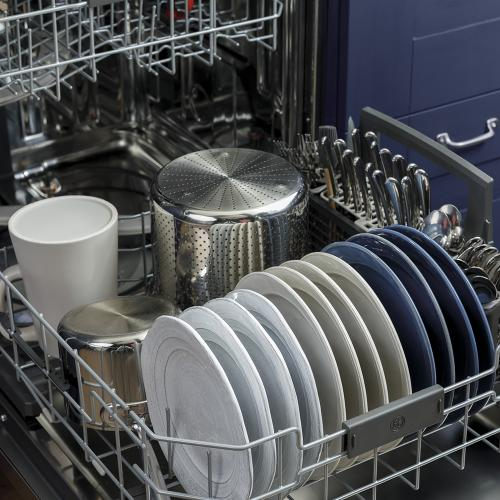 GE Stainless Steel Interior Dishwasher with Hidden Controls Stainless Steel - GDP645SYNFS