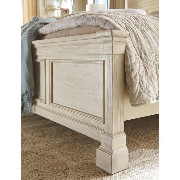 Bolanburg King Panel Bed