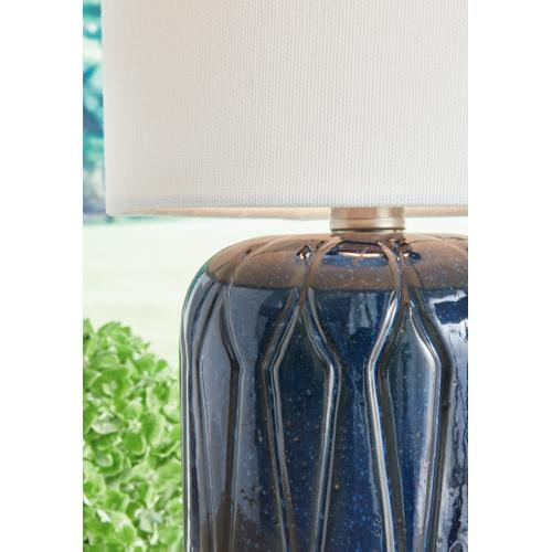 Hengrove Table Lamp