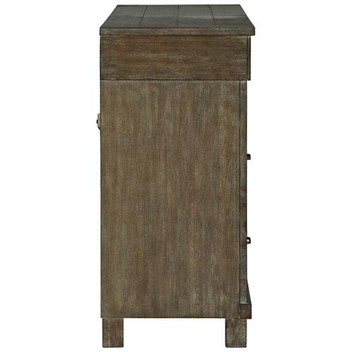 Shamryn Dresser