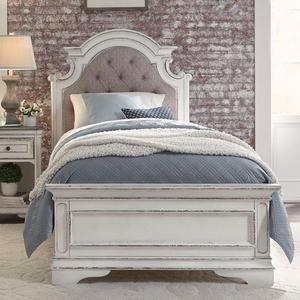 Liberty Furniture Industries - Full Upholstered Bed