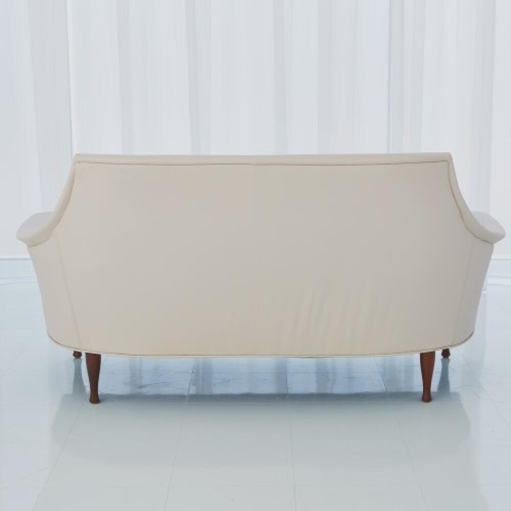 Brigitte Loveseat