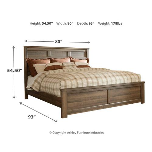 Ashley - California King Poster Bed With Mirrored Dresser