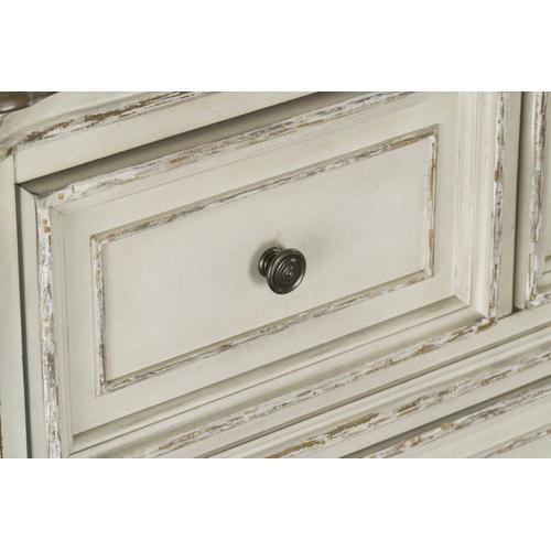 Gallery - Stevenson Manor 7-Drawer Dresser, Distressed White