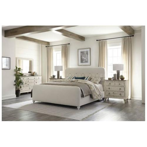 Margo Queen Bed W/matching Footboard Package