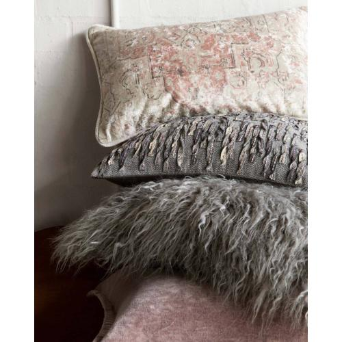 P0598 Grey Pillow