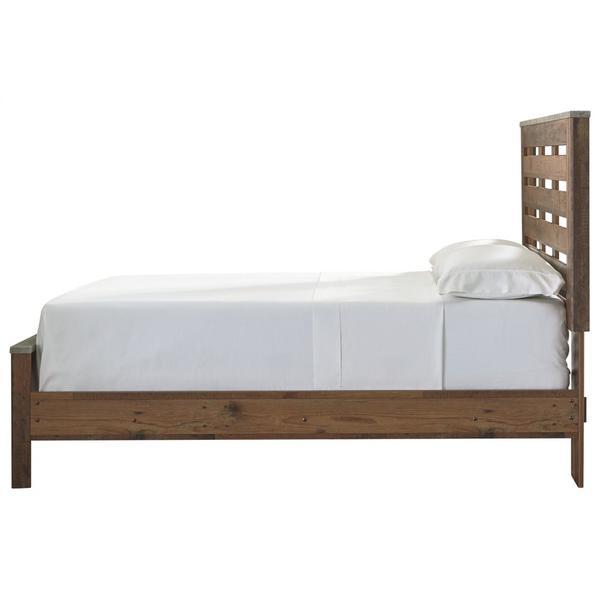 Chadbrook Queen Panel Bed