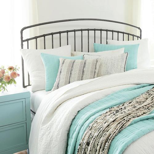 Queen/Miriam Textured Pewter Miriam Metal Bed
