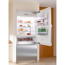 "36"" Refrigerator-Freezer (Bottom Mount) (Integrated, left-hinge)"