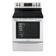 DISPLAY MODEL Frigidaire Gallery 30'' Freestanding Induction Range