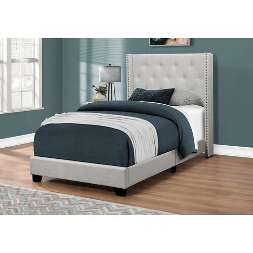 Gallery - BED - TWIN SIZE / LIGHT GREY VELVET WITH CHROME TRIM