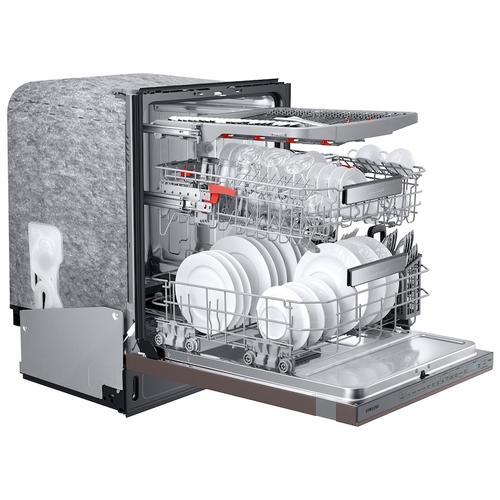Samsung - Smart BESPOKE Linear Wash 39dBA Dishwasher in Fingerprint Resistant Tuscan Stainless Steel