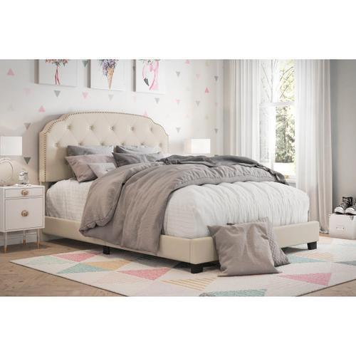 Diamond Tufted, Nailhead Trim Full Upholstered Bed in Cream