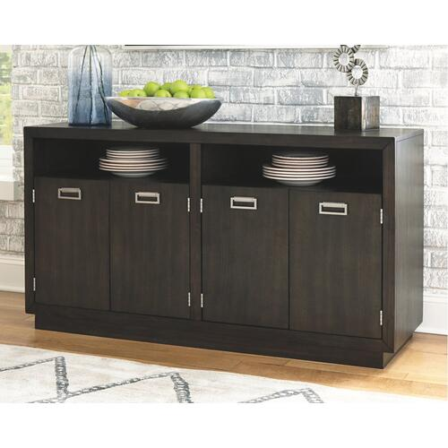 Hyndell Dining Room Server