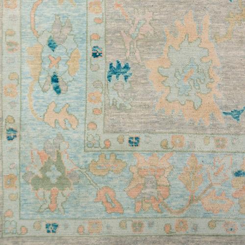 "Surya - Ushak USK-2301 18"" Sample"