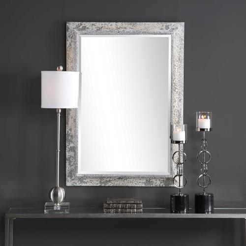 Raffi Mirror