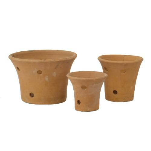 Barro Hand-Thrown Orchid Pot- set of 3