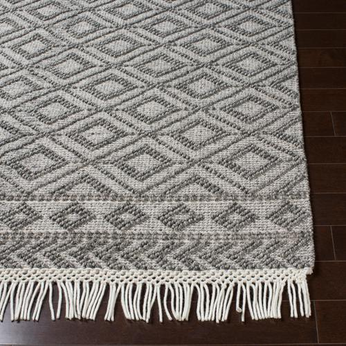 Farmhouse Tassels FTS-2302 2' x 3'