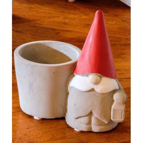 Santa Gnome w/ Planter - Set of 1