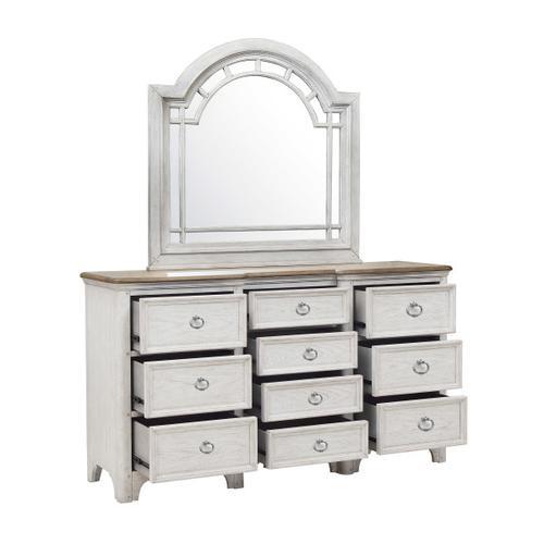 Pulaski Furniture - Glendale Estates 10 Drawer Dresser